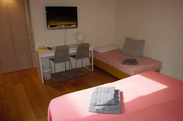 Room Somniem in Can Bo de Pau, Salt, Girona 2