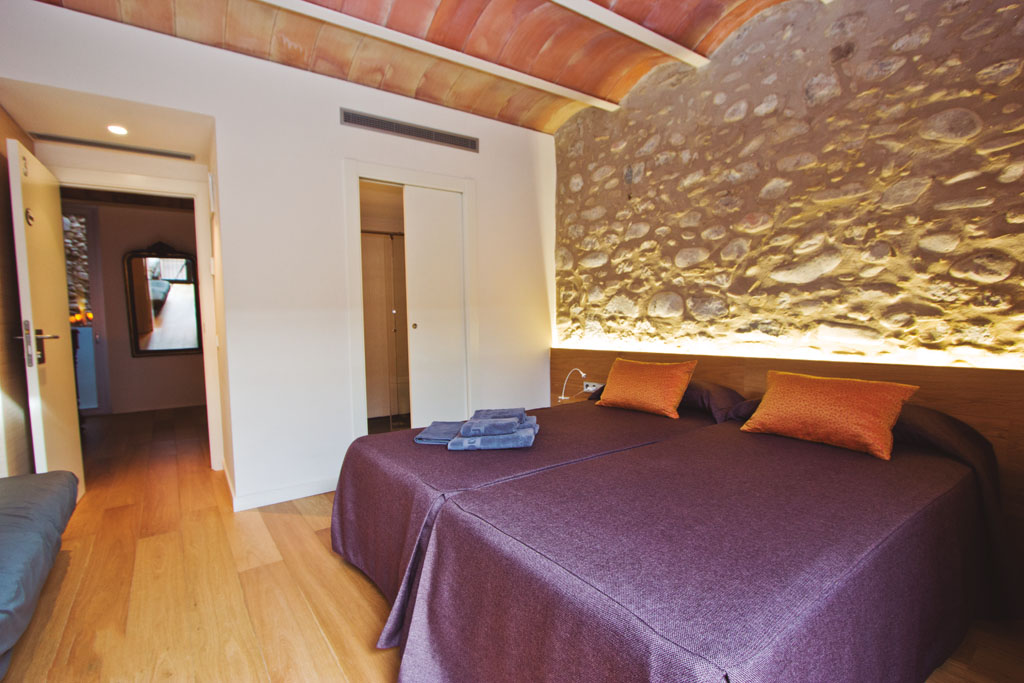 Room Tendresa in Can Bo de Pau, Salt, Girona 0